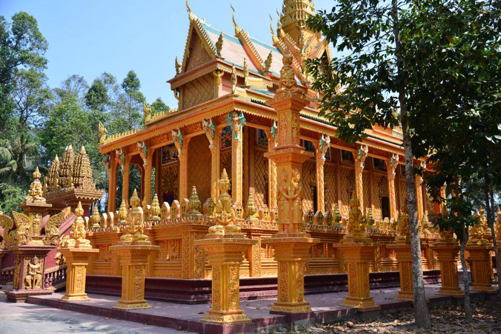 2015_VCT_Destination_Khmer-Monastery_Phu-Ly_PA-3-1024x683