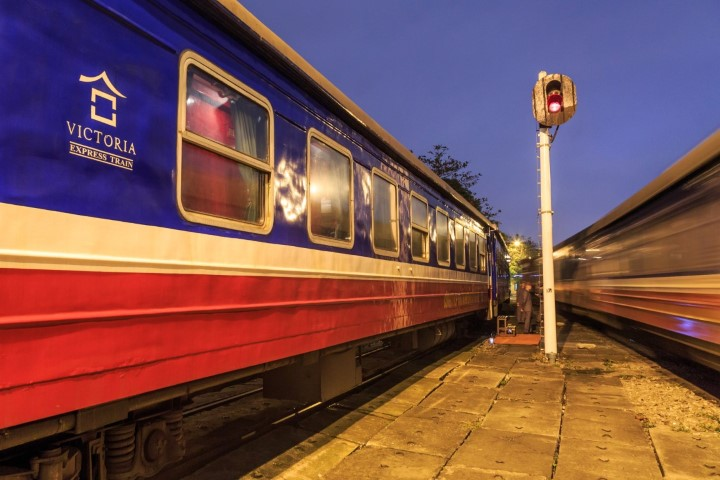 Hanoi-to-Sapa-by-Train